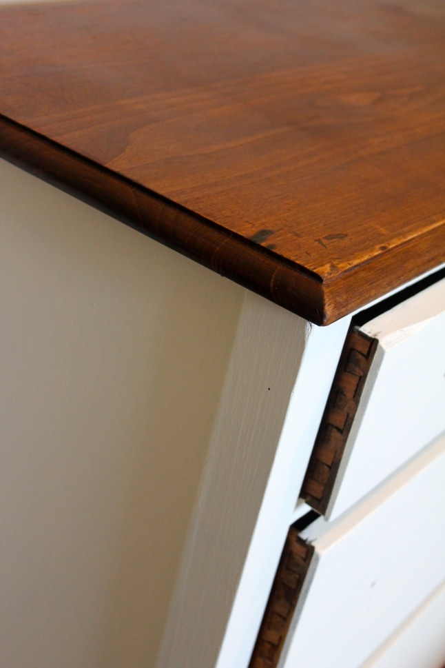Sneek Peek Dresser | making it in the moutains